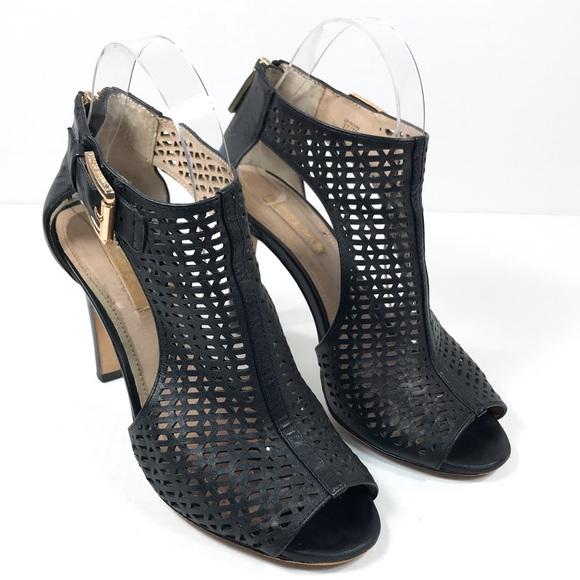 89df586ef11b Louise et Cie Shoes - Louise et Cie Black Leather Olivia Bootie Size 7